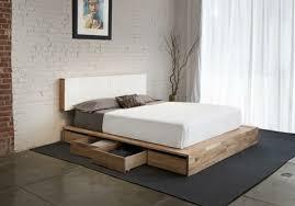 Modern Bedroom Ideas with Wooden Japanese Style Platform Bed Corner