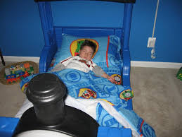 back to special train toddler bed themed