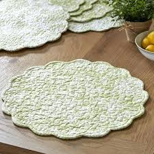 round quilted placemats round quilted free quilted table runners and placemats patterns