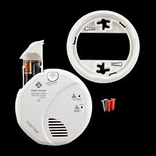 sco7cn battery operated combination smoke and carbon monoxide alarm with and location with base