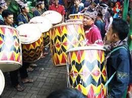 Serta diameter 25 cm untuk tubuhnya. 15 Alat Musik Tradisional Khas Sumatera Barat Gambar Dan Keterangan Mantabz