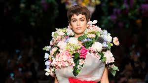 15 Times <b>Flowers</b> Floated Down the Runway | Vogue