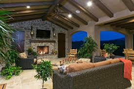 Del Sur Country House Veranda room traditional-patio