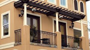 Balcony with pergola - Custom Home Builder and Design - Houston, Texas