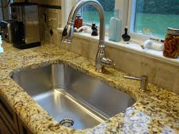 Single Bowl Kitchen Sink With Granite Countertop مطبخ
