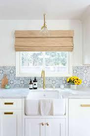 rock backsplash white kitchen backsplash ideas white beach house kitchens kitchen ideas