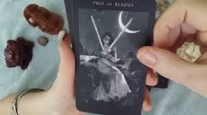 Darkness Of Light Tarot Review