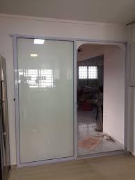 aluminium sliding door with lattice design normal tempered glass panel