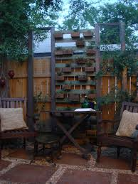 Living Privacy Fence This Living Plant Wall Was Built From Reclaimed Fence Pickets