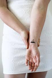 2 Piccoli Tatuaggi Temporanei In Barca Nave Tatuaggio Temporaneo Tatuaggio Temporaneo Marinaio Regalo Hipster Nautico Tatuaggio