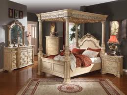Cal King Size Canopy Bed Frame — King Beds : Get Luxurious King Size ...