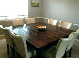 standard round table size