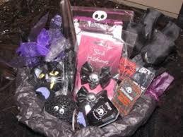 skels gothic gift basket