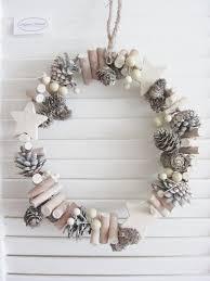 Zapfen Kranz Türkranz Dekokranz Fenster Sterne Holz Beeren Weiß 22cm Weihnachten Landhaus Shabby