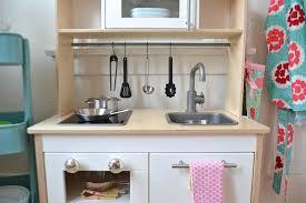 Paper Whites Reveal Mari 39 S Play Kitchen