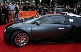 French carmaker bugatti has unveiled the divo hypercar at monterey car week in california. Famous People Who Own Bugattis List Of Celebrities With Bugattis