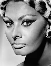 sophia loren cat eye makeup