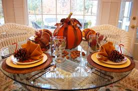 ... Thanksgiving Table Decoration : Lovely Dining Room Decoration For  Thanksgiving With Round Glass Top Table And ...
