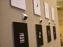 ru Выставки Фестивали Репортаж c выставки  По сравнению с предыдущим годом работ было меньше хотя их хватило чтобы заполнить первый этаж питерского Манежа Интересных же призовых на мой