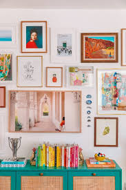 how to make a gallery wall selecting