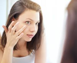 Why Do I Get Swollen Eyes in the Morning?   Dermstore Blog