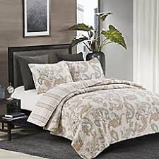 Quilts, Coverlets and Quilt Sets - Bed Bath & Beyond & image of Flavia Quilt Set Adamdwight.com