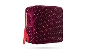 <b>Red Queen</b> Kit 4 - <b>PUPA</b> Milano
