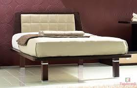 Camere da letto marroni: carta da parati chic gold hotel di lusso