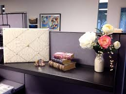 chic cubicle decorating ideas - Cubicle Decorating Ideas  LawnPatioBarn.com