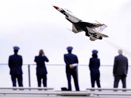 u s department of defense photo essay onlookers watch the flight skills of the air force aerial demonstration squadron the thunderbirds