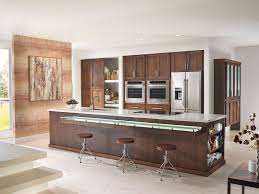 Bar Kitchen Modern Kitchen With Breakfast Bar By Starmark Cabinetry Zillow