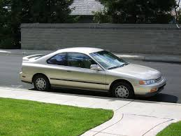File:1994 Honda Accord LX Coupe.jpg - Wikimedia Commons