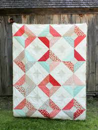 Double-Sided Diamond Quilt « Moda Bake Shop & 1 layer cake for large diamonds (I used Little Ruby by Bonnie and Camille)  1⅔ yards background fabric 1 yard fabric for small diamonds Adamdwight.com