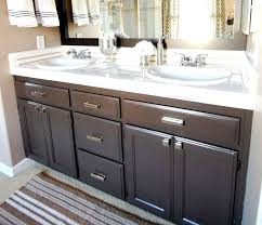 painting bathroom cabinets with latex paint