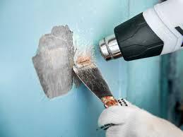Diese schwämme entfernen hartnäckigen schmutz. Farbe Entfernen So Geht Es Richtig Hagebau De
