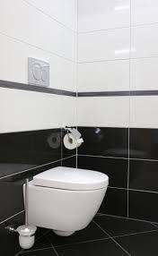 Bad Schwarz Weiss Fliesen Modern - Wohndesign