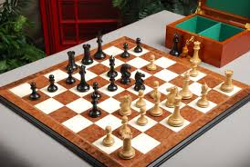 Classic Wooden Board Games Classic Wooden Chess Set Birdseye Maple Chess Board Coffer 56