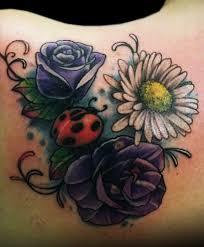 Tatuaggio Tribale Con Quadrifogli E Coccinella Tatuaggio