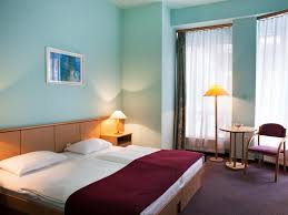 Andrassy Thai Hotel Best Price On City Hotel Pilvax In Budapest Reviews