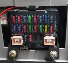 mazda 3 fuse box fuse box and wiring diagram kotaksurat co Mazda 5 Fuse Box Diagram at Mazda Bongo Fuse Box Layout
