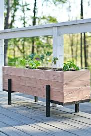Simple DIY Wood Planter Box
