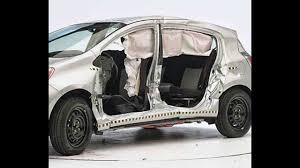 IIHS - 2012 Toyota Prius c - side crash test / GOOD evaluation ...