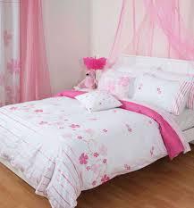 Purple And Pink Bedroom Pink Kids Bedroom Purple Fur Rug Beside Metal Stairs Bed Pink Rug