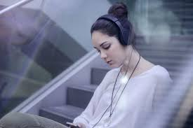 kef m400. kef m400, headphone stylish yang dapat ditekuk kef m400