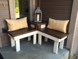 diy corner bench and table for front porch pinspiration mommy featured on remodelaholic