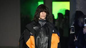 <b>MM6 Maison Margiela</b> Fall 2020 Ready-to-Wear Collection - Vogue