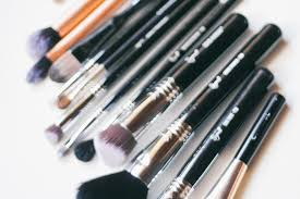 clean how 5 reasons you need new makeup brushes bondglam how i organize my bare minerals