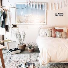 Wonderful Urban Outfitters Bedroom // Shop The Look: Plum U0026 Bow Tassel Garland Banner  U2013 Tessa Neustadt Horse Art Print U2013 Net Tassel Bolster Pillow U2013 Gold  Clothing ...