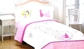 Minnie Mouse Toddler Bed Set D Mouse Bow Power 4 Piece Toddler ...