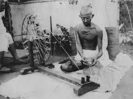 A morte é bem-vinda, Gandhi e a celebração da impermanência